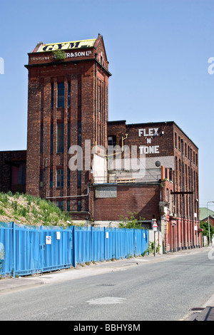 Gym in Kingston Mills, former cotton spinning mill, Cobden St., Pendlebury, Salford, Greater Manchester. UK - Stock Photo