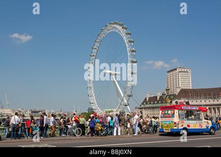 Tourists on Westminster bridge - London - Stock Photo