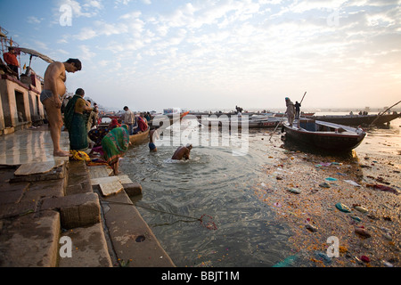 great river hindu single men (reuters) - upwards of a million elated hindu holy men and pilgrims took a bracing plunge in india's sacred ganges river to wash away lifetimes of sins on monday, in a raucous start to an ever-growing religious.