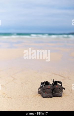 Sandals on Traigh Scarista beach, Isle of Harris, Outer Hebrides, Scotland - Stock Photo
