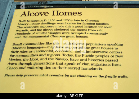 USA New Mexico Chaco Culture National Historical Park Alcove home information sign - Stock Photo