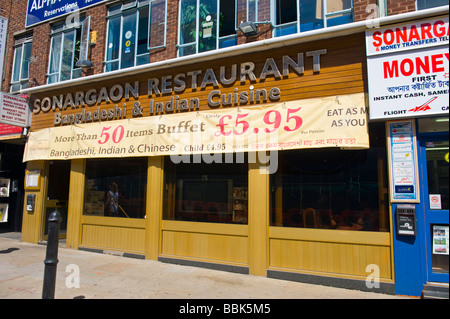 Brick Lane , Shoreditch , East End ,  landmark Sonargaon Restaurant with 50 items on buffet for £5.95 eat as much - Stock Photo