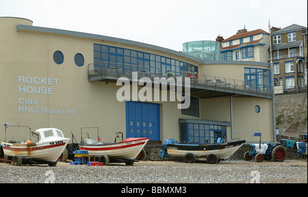 RNLI Lifeboat Station and Museum on Cromer Beach, Cromer, Norfolk. - Stock Photo