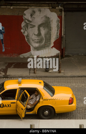 Taxi waits for fare in front of the Standard Hotel in the New York Meatpacking district - Stock Photo