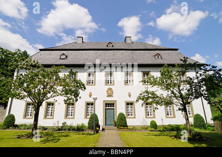 Side building, formerly the main seat of the German Knights, Deutschorden, Teutonic order, castle, Sichtigvor, Warstein, - Stock Photo