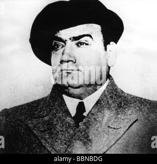 Caruso, Enrico, 25.2.1873 - 2.8.1921, Italian opera singer (tenor), portrait, circa 1920, Additional-Rights-Clearances - Stock Photo