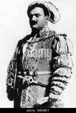 Caruso, Enrico, 25.2.1873 - 2.8.1921, Italian opera singer (tenor), half length, early 20th century, , Additional - Stock Photo