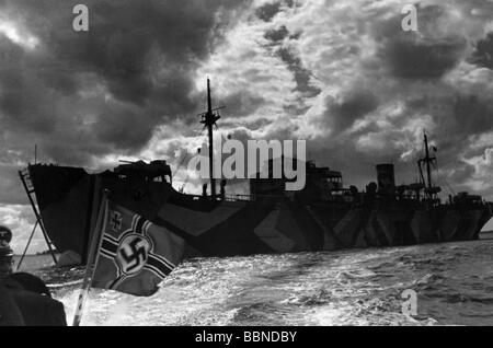 events, Second World War / WWII, naval warfare, German minesweeper in the Norwegian Sea, circa 1941, Additional - Stock Photo
