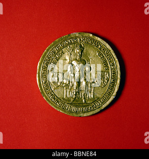 Charles IV, 14.5.1316 - 19.11.1378, Holy Roman Emperor 1355 - 1378, half length, on the throne, seal, 'Golden Bull', - Stock Photo
