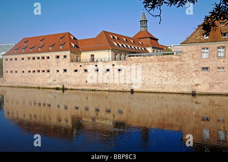 ENA, NATIONAL SCHOOL OF ADMINISTRATION ON THE BANKS OF THE ILL, STRASBOURG, BAS-RHIN (67), ALSACE, FRANCE - Stock Photo