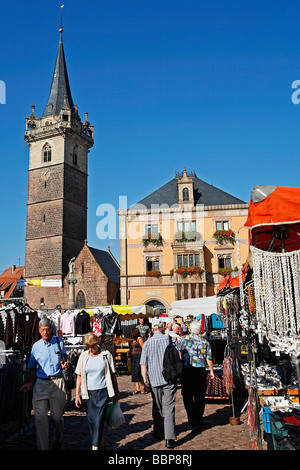 MARKET SQUARE AND TOWN HALL WITH BELFRY, OBERNAI, STRASBOURG, BAS-RHIN (67), ALSACE, FRANCE - Stock Photo