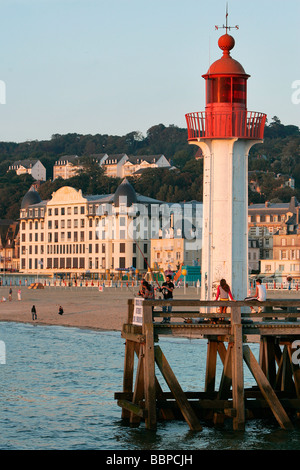 LIGHTHOUSE IN THE PORT OF TROUVILLE-SUR-MER, CALVADOS (14), NORMANDY, FRANCE - Stock Photo