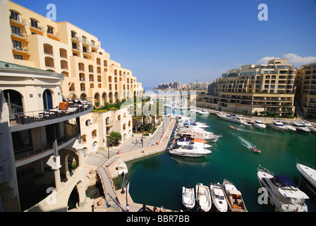 MALTA. The marina at Portomaso in St Julian's, with the Hilton hotel on the left. 2009. - Stock Photo
