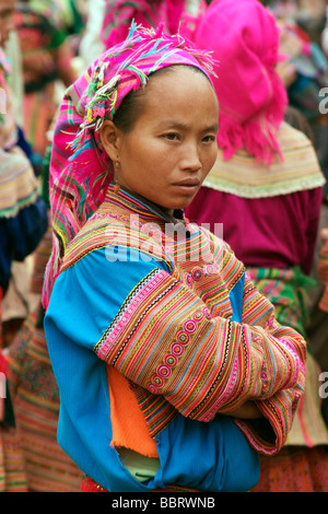 WOMAN OF THE MINORITY ETHNIC GROUP HMONG AT THE COC LY MARKET, NORTHERN VIETNAM, VIETNAM - Stock Photo