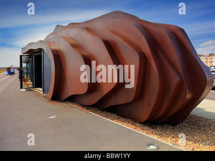 Cafe on Littlehampton West Sussex seafront - Stock Photo
