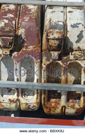 African FUEL in rooftop jerry cans on the KYPROS expedition Land Rover MOZAMBIQUE Southern Africa can bidon container - Stock Photo