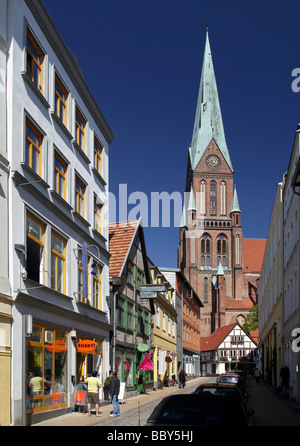 Lane in the old town with view on the Schweriner Dom cathedral, Schwerin, Mecklenburg-Western Pomerania, Germany, - Stock Photo