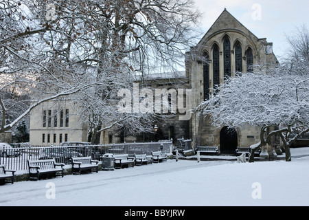 The Minster Library in snow, Deanery Gardens, York, England, UK. - Stock Photo
