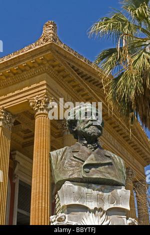 Massimo Theatre, Teatro Massimo opera house, Piazza Verdi, Palermo, Sicily, Italy, Europe - Stock Photo