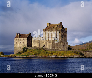 Afternoon light floods the entrance to Eilean Donan Castle on Loch Doich in the NW Highlands of Scotland - Stock Photo