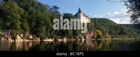 France, Lot, Vallee de la Dordogne, Lacave, Chateau de la Treyne, 14th and 17th centuries - Stock Photo