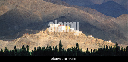India, Jammu and Kashmir, Ladakh Himalaya, Indus valley, Tikse Gompa (Buddhist Monastery) - Stock Photo
