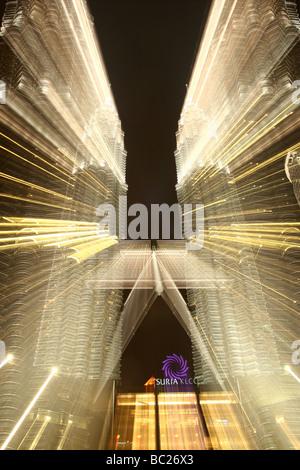 The Petronas Towers at night, Kuala Lumpur, Malaysia - Stock Photo