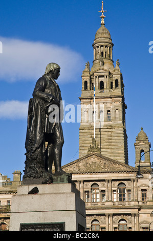 dh City Chambers GEORGE SQUARE GLASGOW Robert Burns statue George Square and City Chambers