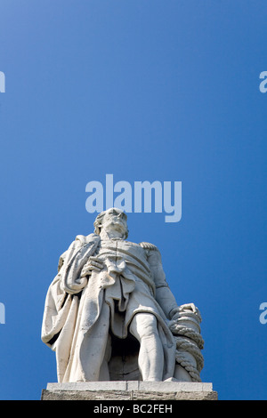 A statue of Admiral Lord Collingwood (1745-1810), who commanded the HMS Royal Sovereign at the Battle of Trafalgar - Stock Photo
