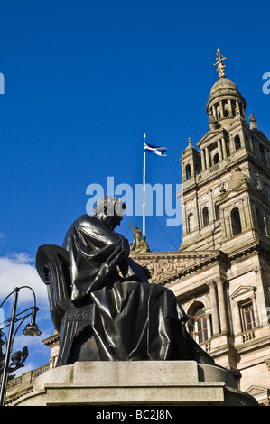 dh City Chambers GEORGE SQUARE GLASGOW Thomas Graham statue George Square and City Chambers