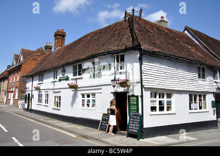 The Bricklayers Arms, Wool Lane, Midhurst, West Sussex, England, United Kingdom - Stock Photo