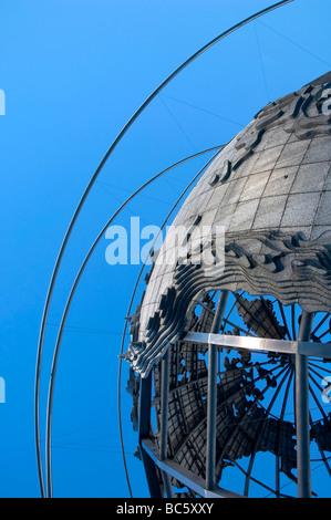 The Unisphere New York World 39 S Fair 1964 1965 Stock Photo Royalty Free Image 14111901 Alamy