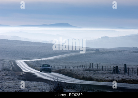 Cars on country road, Brecon Beacons National Park, Great Britain, Wales, Powys - Stock Photo