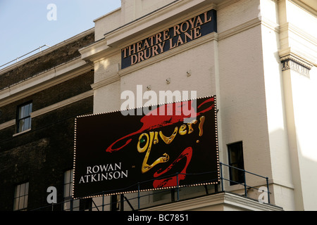 Theatre Royal Drury Lane in Covent Garden: Oliver musical - Stock Photo