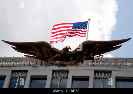 American Flag Eagle On U S Embassy London Stock Photo