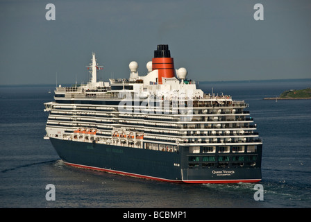 The Cunard cruise liner Queen Victoria leaving Copenhagen - Stock Photo
