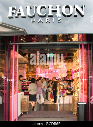 fauchon fine food shop paris france stock photo royalty free image 26524748 alamy. Black Bedroom Furniture Sets. Home Design Ideas