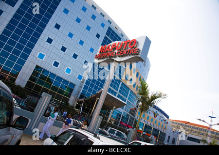 Mozambique, Maputo. Maputo Shopping centre in the Baixa district of downtown Maputo. - Stock Photo