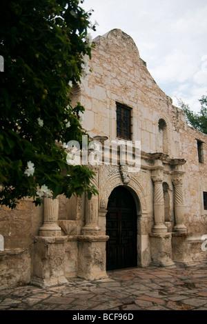 Early morning at the Alamo in San Antonio, Texas, USA - Stock Photo