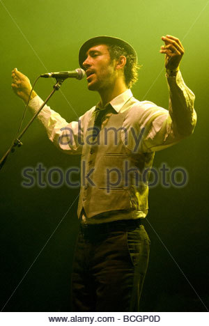 Charlie Winston performing live - Stock Photo