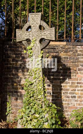 Highgate Cemetery, London, England - Stock Photo