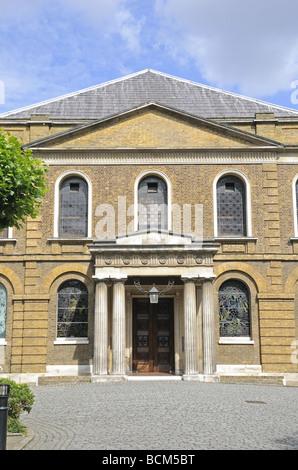 London england uk wesley 39 s chapel city road ec1y for Jj fish wesley chapel