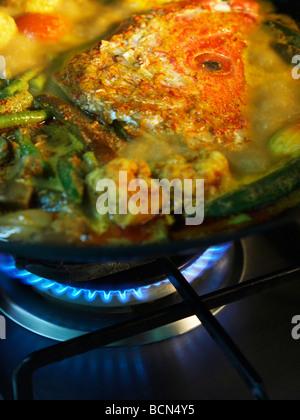 Wok On The Oven Stockfoto Lizenzfreies Bild 36774426 Alamy