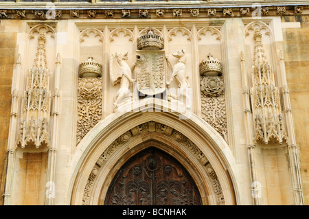 Detail of carvings above the West door of Kings college chapel Cambridge England Uk - & Detail above the west door at Kings college chapel Cambridge Stock ... Pezcame.Com