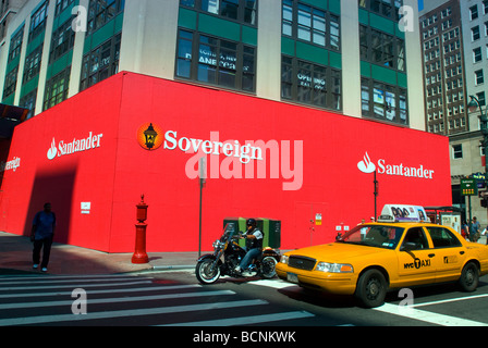 A branch of Santander Bank, formerly Sovereign Bank, in Herald ...