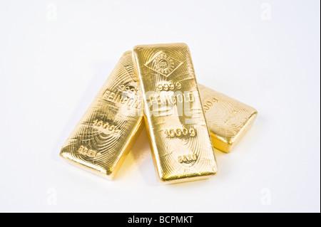 Drei Ögussa Goldbarren Three Gold Bars - Stock Photo