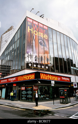 July 15, 2009 - Nick Stafford's War Horse at the New London Theatre in Covent Garden's Drury Lane. - Stock Photo
