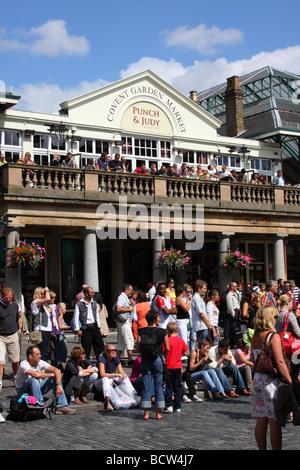 The Punch & Judy Balcony Bar, Covent Garden, London, England, U.K. - Stock Photo