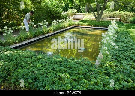 Cleveland Ohio University Circle Cleveland Botanical Garden Visitors Stock Photo Royalty Free