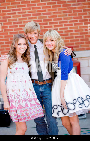 Hannah Montana: The Movie Année : 2009 Director : Peter Chelsom Emily Osment, Lucas Till, Miley Cyrus - Stock Photo